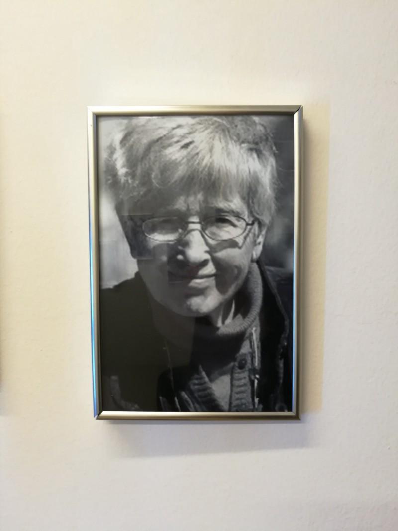 Un articolo su Lynn Hoffman